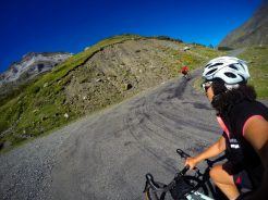 cycling in the pyrenees on the climb of Cirque de Troumouse.
