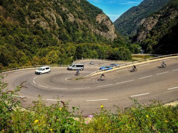 cycling Cauterets hairpins