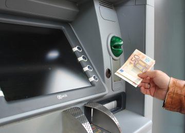 Taking money out of an ATM in France