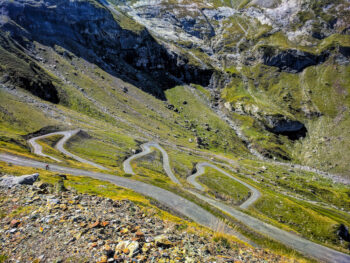 switchbacks on the road of Cirque de Troumouse. A fanastic lesser known climb in the Pyrenees