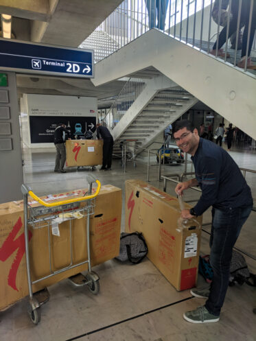 packing bikes for travel on airplanes