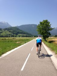 Cyclist riding from Annecy to Albertville on the Greenway
